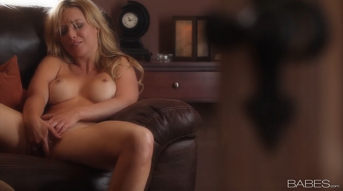 Kayden kross masturbating gif photos 661