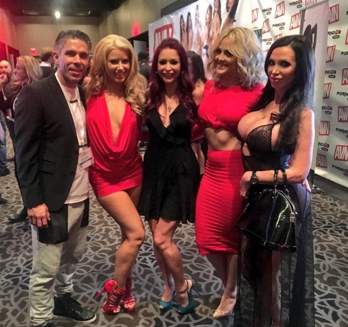 anikka-albrite-at-2016-avn-awards