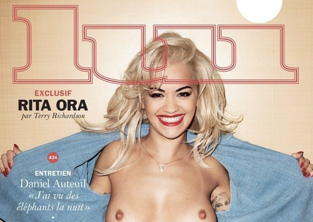 rita ora flashes boobs