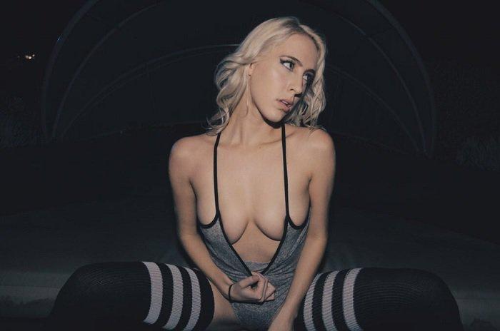 blonde-pornstar-cadence-lux